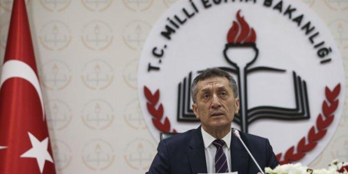Milli Eğitim Bakanı Ziya Selçuk duyurdu: Eğitim sistemi yine sil baştan!