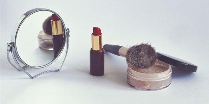 Hamilelikte kullanılan makyaj malzemelerine dikkat!