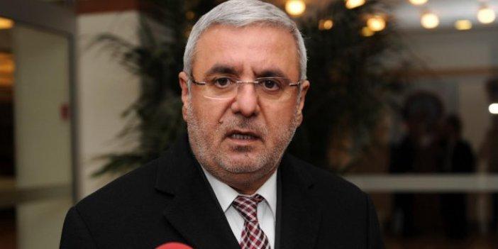 AKP'li Mehmet Metiner'den partisine tepki!