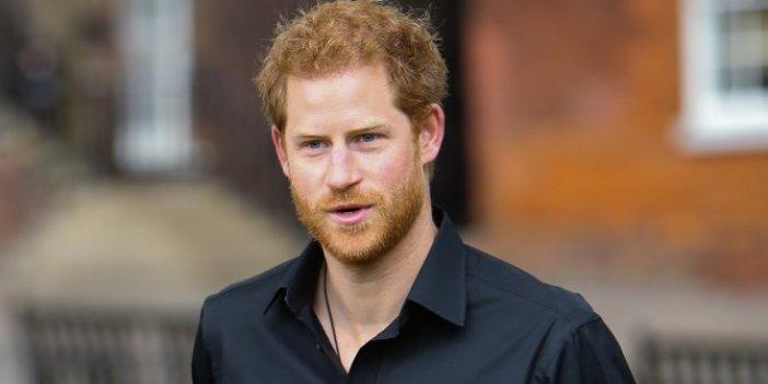 Prens gitti, Harry kaldı!
