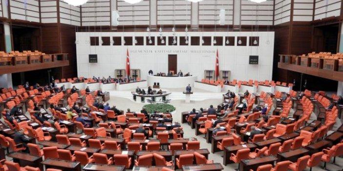 """Vatandaş soruyor: """"AKP sıraları neden boş"""""""