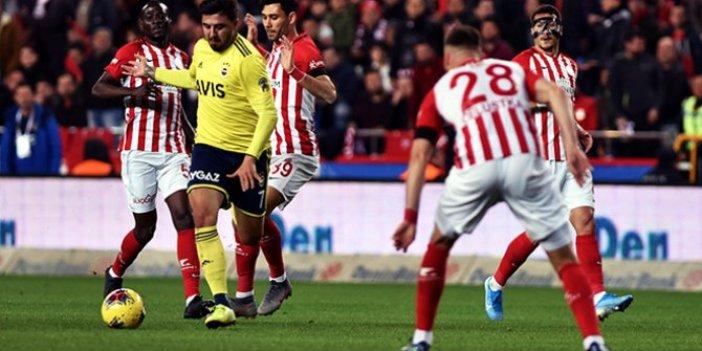 Fenerbahçe, beraberliği son dakikada kurtardı