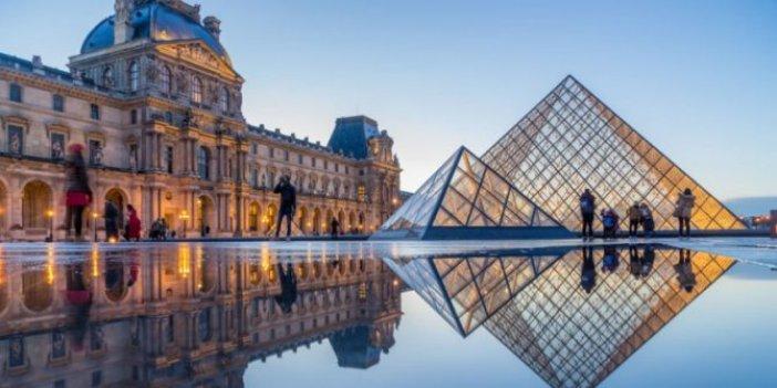 Louvre Müzesi corona virüs nedeniyle kapılarını kapattı
