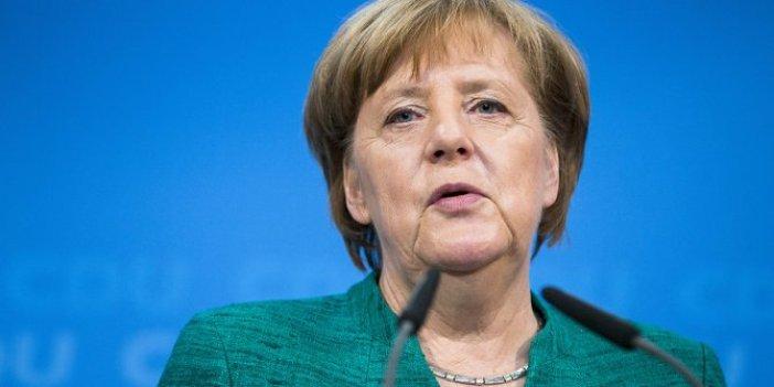 Merkel'den Türkiye'ye eleştiri: Kabul edilemez