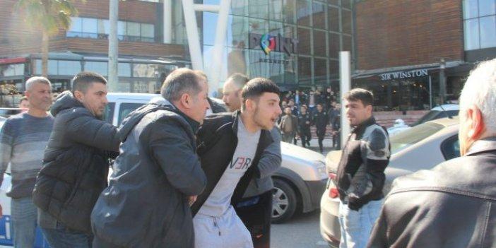 İzmir'de hareketli anlar: AVM boşaltıldı!