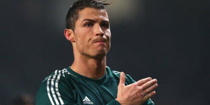 Cristiano Ronaldo, koronadan kaçtı depreme yakalandı