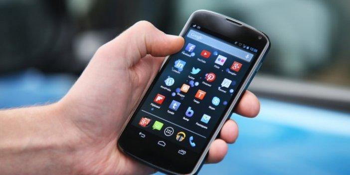 Virüs bulaşmaması için cep telefonları nasıl kullanılmalı? Tevfik Özlü açıkladı
