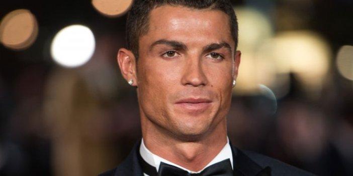 Cristiano Ronaldo malikaneden sıkıldı, 4 bin Euro'ya yeni villa kiraladı