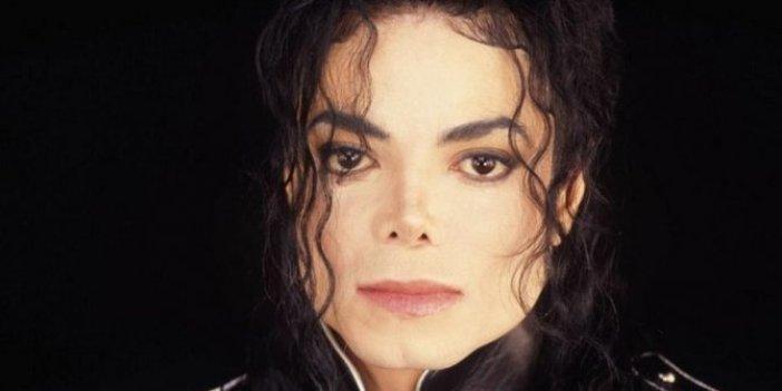 Michael Jackson sahte burun mu takıyordu?