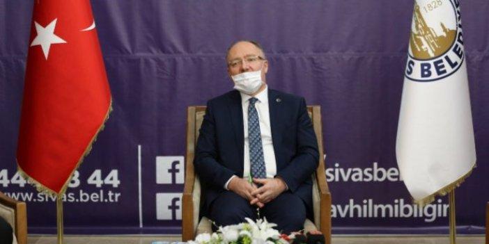 İYİ Partili İsmail Koncuk'tan AKP'li başkana imalı uyarı