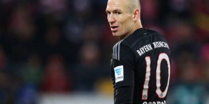 Arjen Roben'den futbola dönüş sinyali