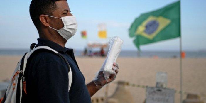 Brezilya'da korona virüs ölümleri nedeniyle tabut sorunu yaşanıyor