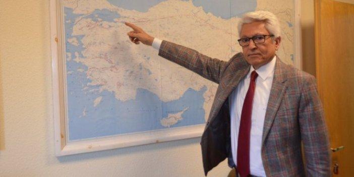 """Prof. Dr. Pampal, Girit depremi için kaygı verici konuştu: """"Ölü Deniz'e dikkat"""""""