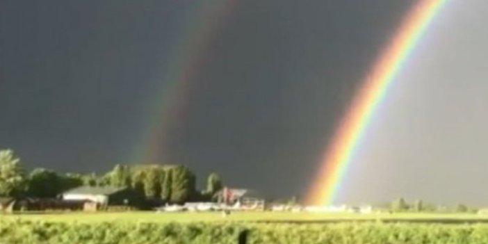 Korona salgınında sembol olmuştu, çift kemerli gökkuşağı görenleri büyüledi
