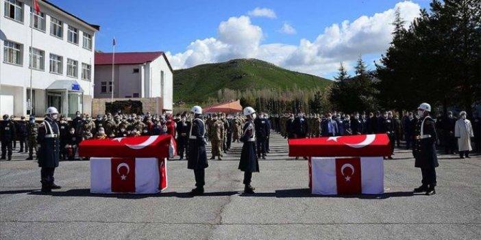 Bitlis şehitlerimiz için tören düzenlendi
