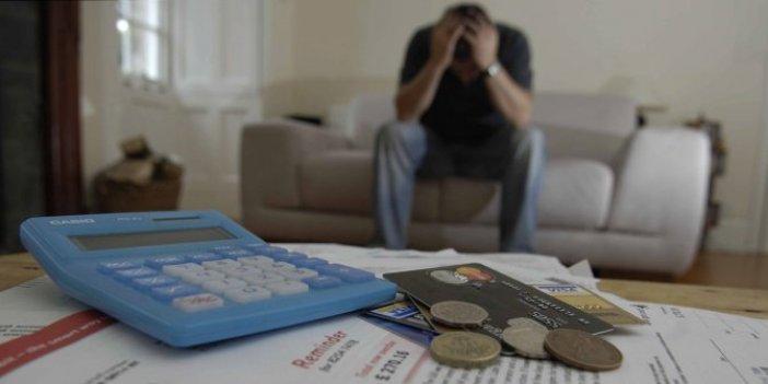 Vatandaş borç batağına battı: Takipteki kredide patlama
