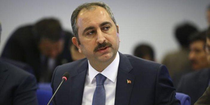 """""""Maklube"""" kavgasında son perde: Varank'ın """"tetikçi"""" dediği yazar Adalet Bakanı'nı hedef aldı"""