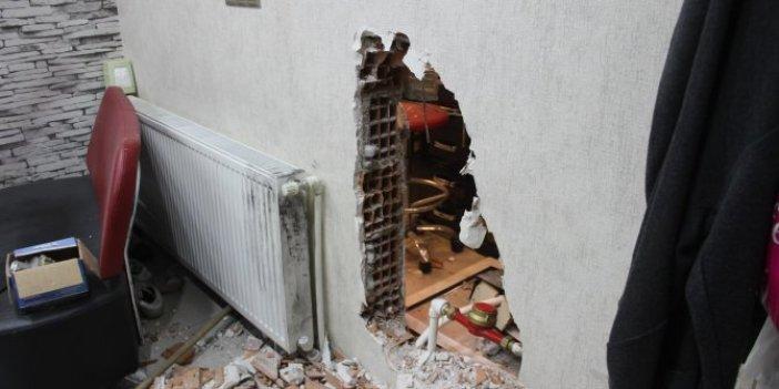 25 santimlik duvarı delip kuyumcuyu soydular