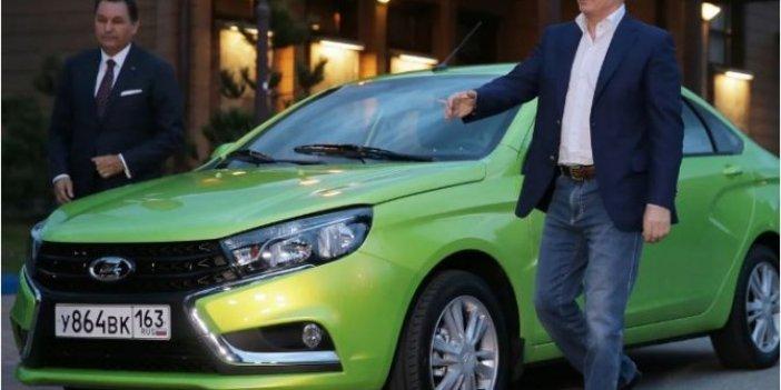 Rusya'da otomobil satışlarında tarihi düşüş