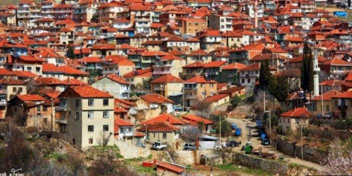Kapanın elinde kalıyor! Zenginler virüsten kaçtı o mahallede satılık ev kalmadı