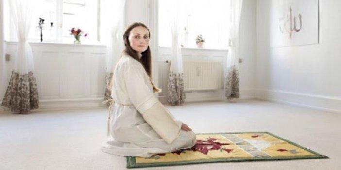 Kadın imam, camide göreve başladı