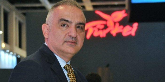 """Turizm Bakanı Mehmet Nuri Ersoy """"Bilim Kurulu'nu ve bizi ilgilendirmiyor"""" dedi."""