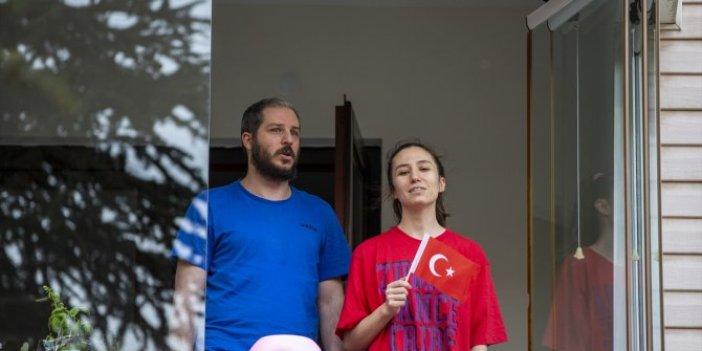 Milyonlar saat 19.19'da İstiklal Marşı okudu; 81 ilde 19 Mayıs çoşkusu