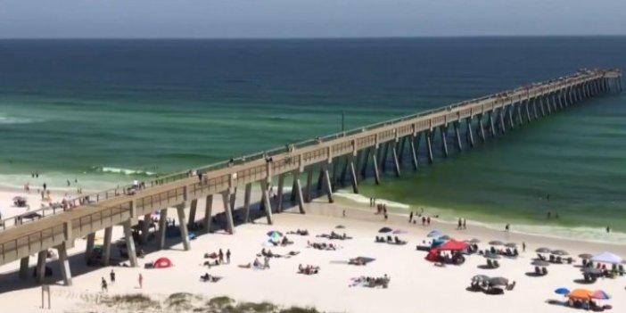 ABD'de korona virüse rağmen plajlar doldu