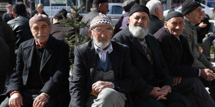 Türkiye ilk çeyrekte yüzde 4.5 büyümüştü, emekliler maske bile alamıyor