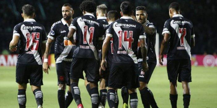 24 futbolcu ve teknik heyete test yapıldı: 16 futbolcuda korona çıktı kulüp karantinada