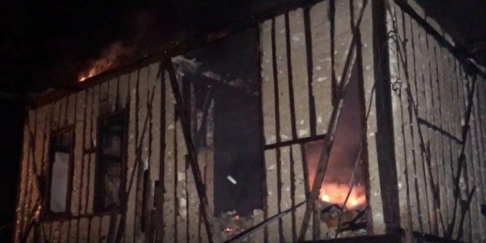 Safranbolu'da 100 yıllık konak kül oldu