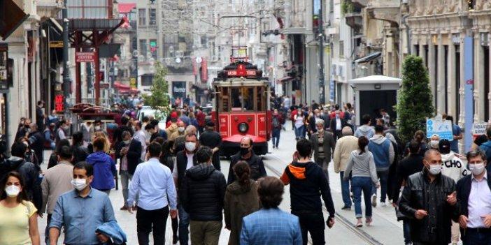 İstiklal Caddesi'nde sosyal mesafe kalmadı