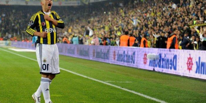 Fenerbahçe'nin efsane ismi Alex de tartışmalara katıldı
