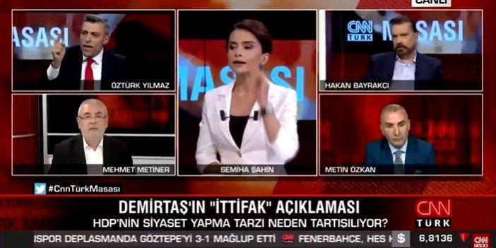 """Öztürk Yılmaz """"Açar videolarını herkese izletirim"""" deyince Mehmet Metiner çıldırdı"""
