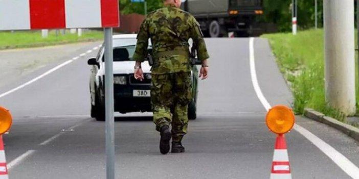 Yanlışlıkla işgal ettiler! Polonya askerleri Çekya'ya girdi