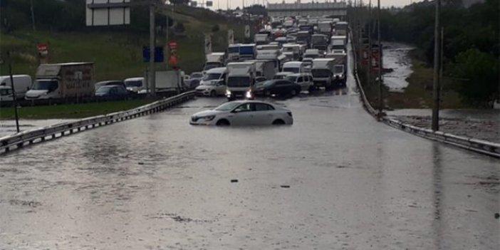 Trafiğe çıkacaklar dikkat! İstanbul felç