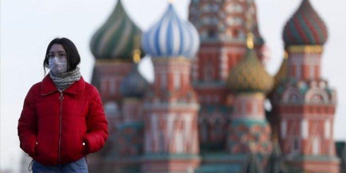 Rusya'da son 24 saatte 7 bin 728 yeni vaka