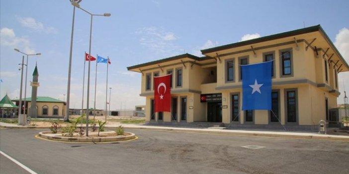 Türk askeri üssüne bombalı saldırı girişimi: 2 ölü