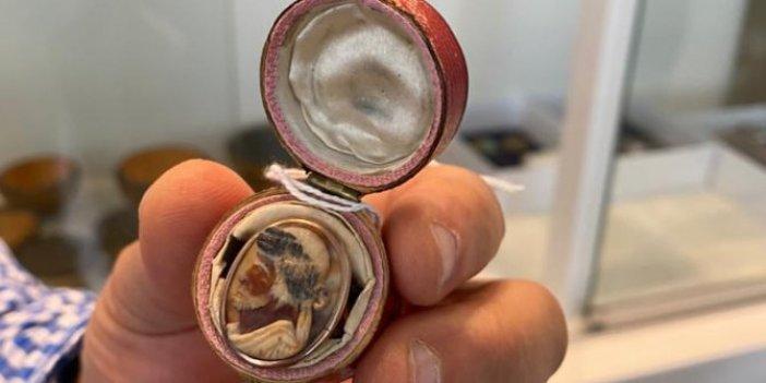 Barbaros Hayrettin Paşa'nın İtalyan aşkına hediye ettiği yüzüğü bir Türk satın aldı