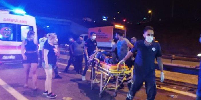 Flaş... Flaş... Kocaeli TEM'de yolcu otobüsü devrildi: 1 ölü, 17 yaralı