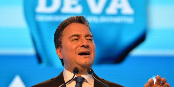 DEVA Partisi Genel Başkanı Ali Babacan sahaya iniyor