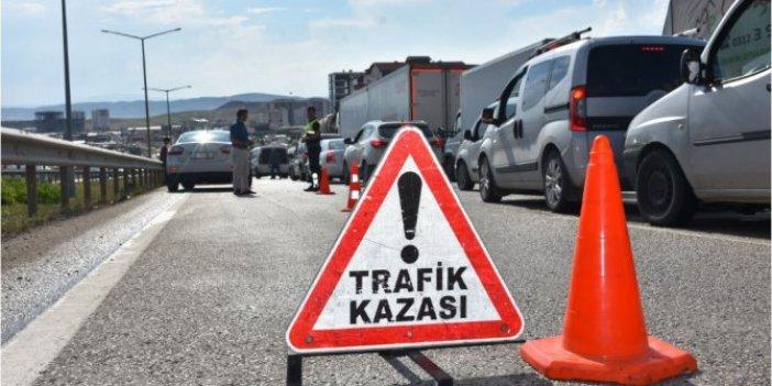 Antalya'da kamyonun çarptığı yaya öldü