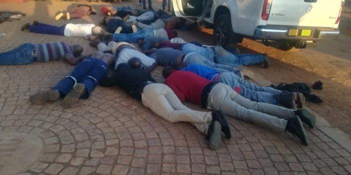 Güney Afrika'da Kiliseye silahlı baskın: 5 ölü