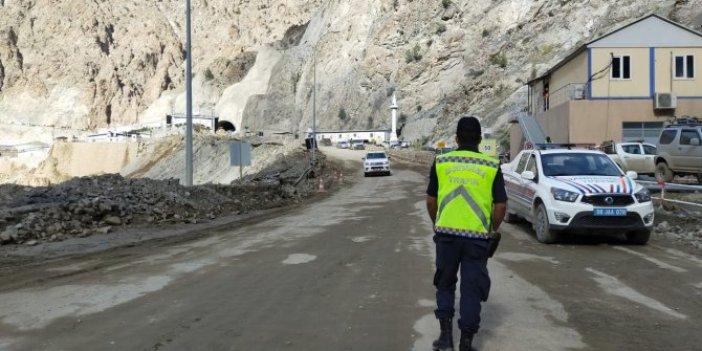 Erzurum-Artvin yolu ulaşıma kapandı