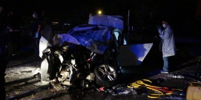 Kocaeli'nde korkunç kaza: 2 ölü 1 yaralı