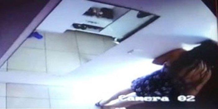 Güpe gündüz, görülmemiş olay: Para vermeyen kadına levye ile saldırdı