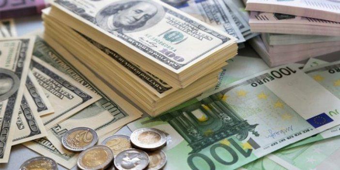 Vatandaş 1 haftada 1,3 milyar dolarlık döviz aldı
