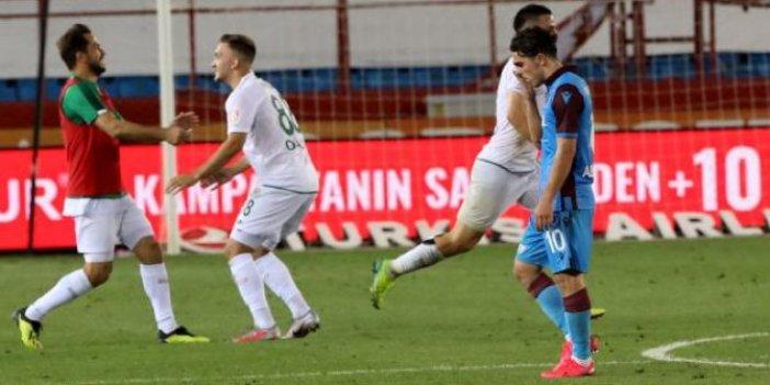 Trabzonspor şampiyonluğu elleriyle ikram etti! Bir takım 3-1 öndeyken 4-3 nasıl yenilir