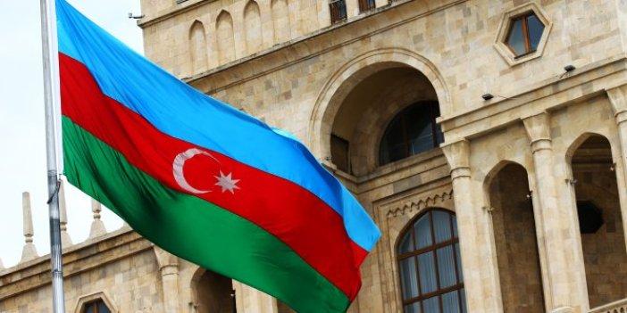 Flaş... Flaş... Azerbaycan, Ermenistan'a silah gönderen ülkeyi açıkladı