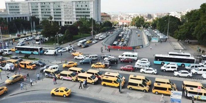 Dolmuş şoförleri İBB'yi kuşattı